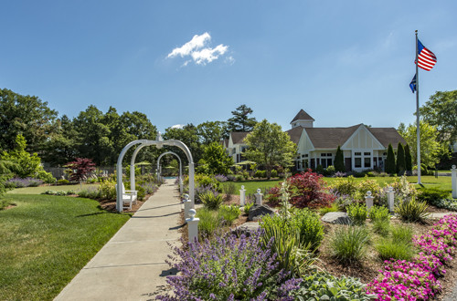 IREM Honors Three CHR Properties with Landscaping Awards