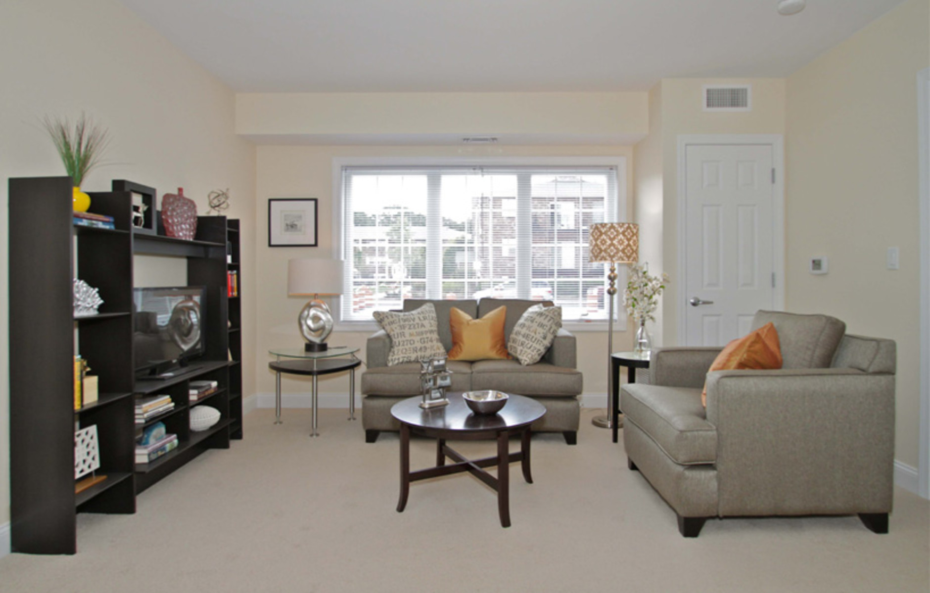 Living Room: 125 Edgemere Road